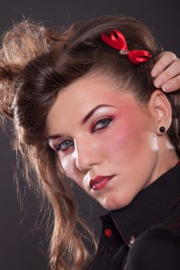 Dark Pin-up - Rouge Girly